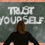 少年犯罪における脱集団化と若者の自己肯定感の低下